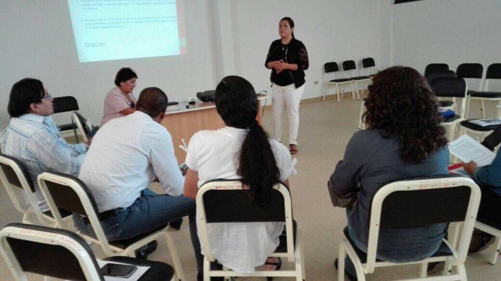 Fortaleciendo el Grupo de trabajo en el Centro Articulado de Santa Julia (Piura)
